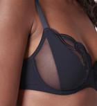 Surprenante Full Cup Plunge Bra